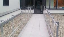 Barrial® Flucht- und Rettungswege für Flachdächer